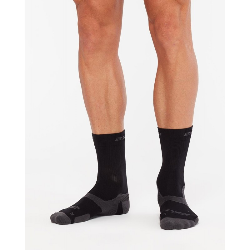 2XU Vectr Light Cushion Crew Socks Black/Titanium