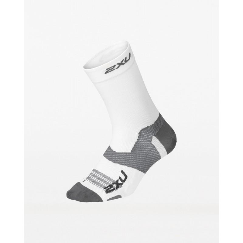 2XU Vectr Ultralight Crew Socks White/Grey