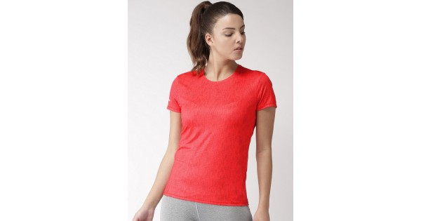 buy 2go women running t shirt crimson el wts313 s9 online in india. Black Bedroom Furniture Sets. Home Design Ideas
