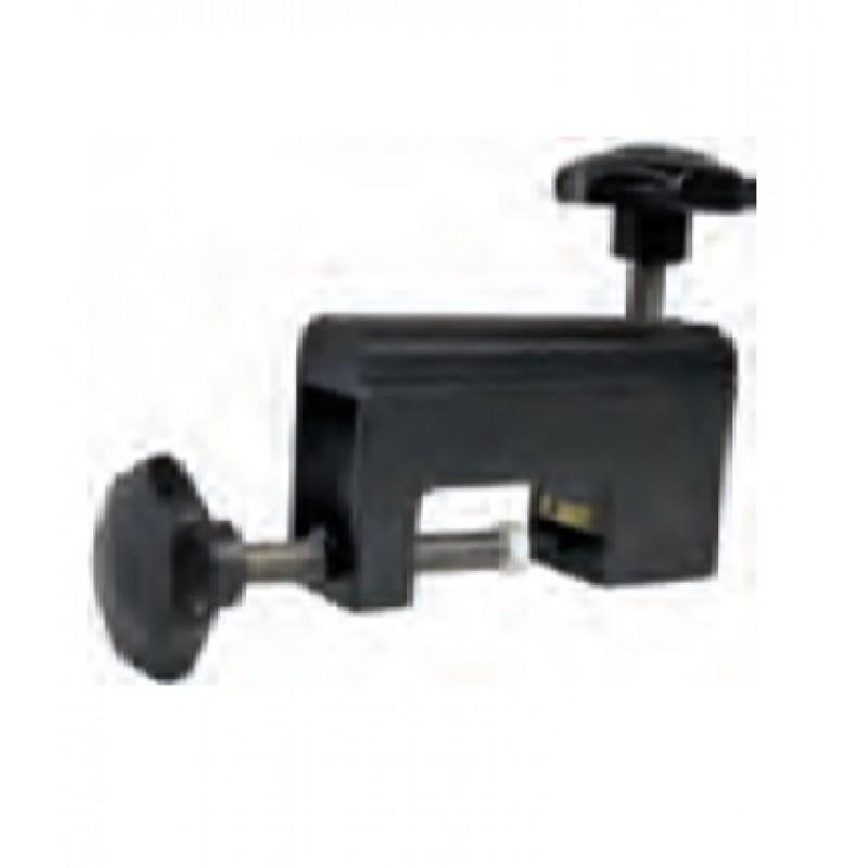 Cyclus Press Tool To Press Plugs Into Hydraulic Tube